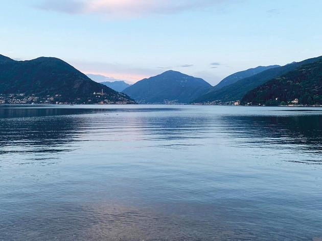 Der See im Abendlicht.