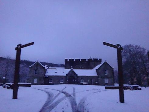 castle snow.jpg
