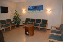 Henao Dental Clinic, Newhall CA