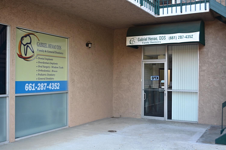 Henao Dental Newhall, Santa Clarita CA