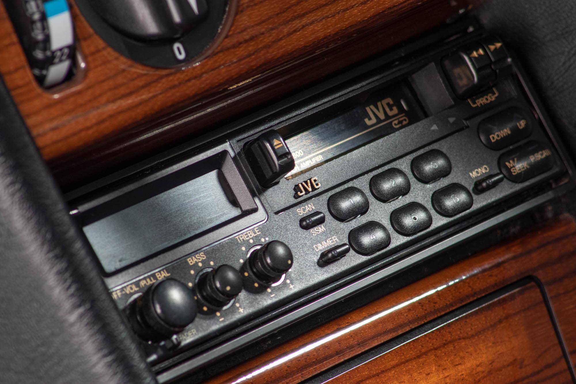 W124 Details-6