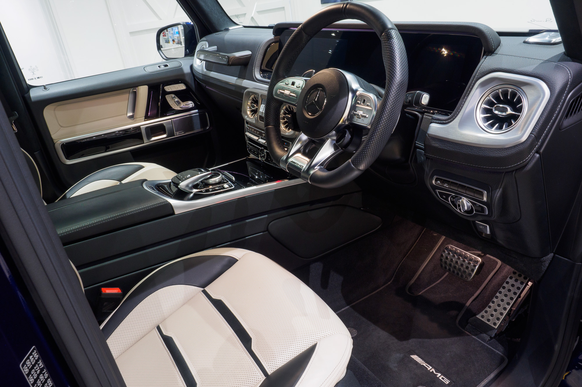 Mercedes G63 AMG-8