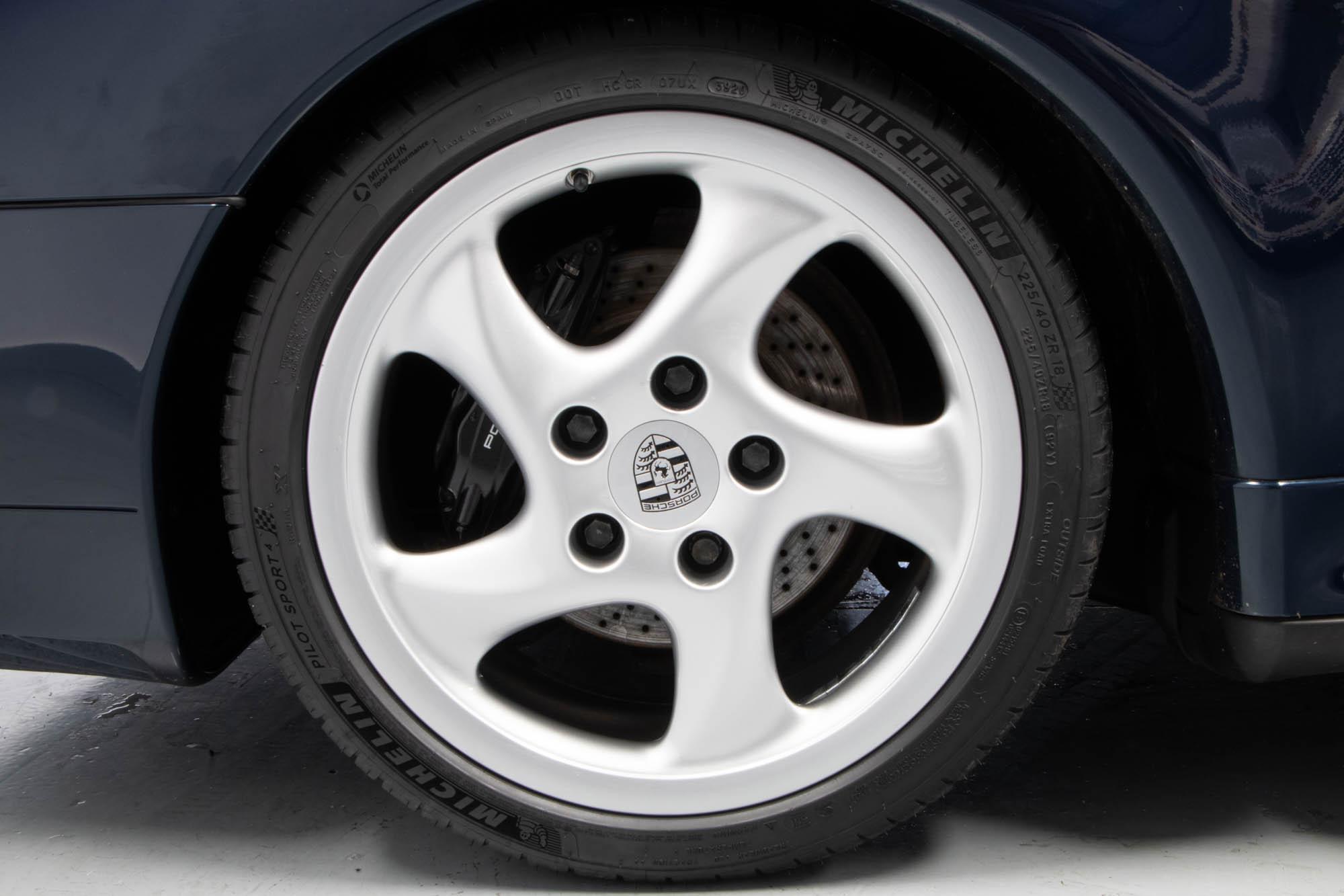 Porsche 993 C4S-11