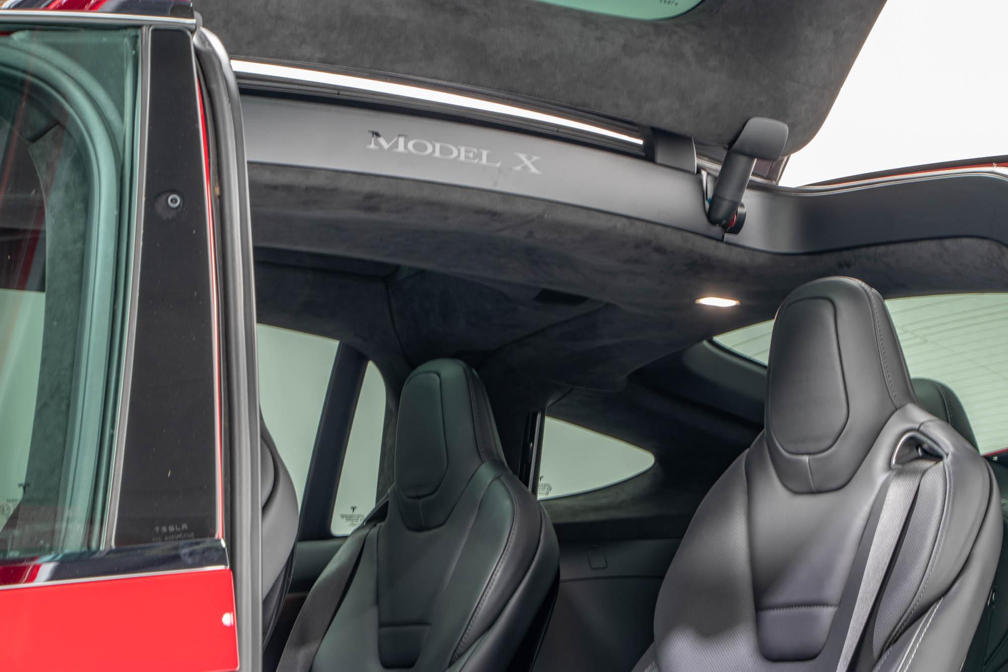 Tesla Model X-14