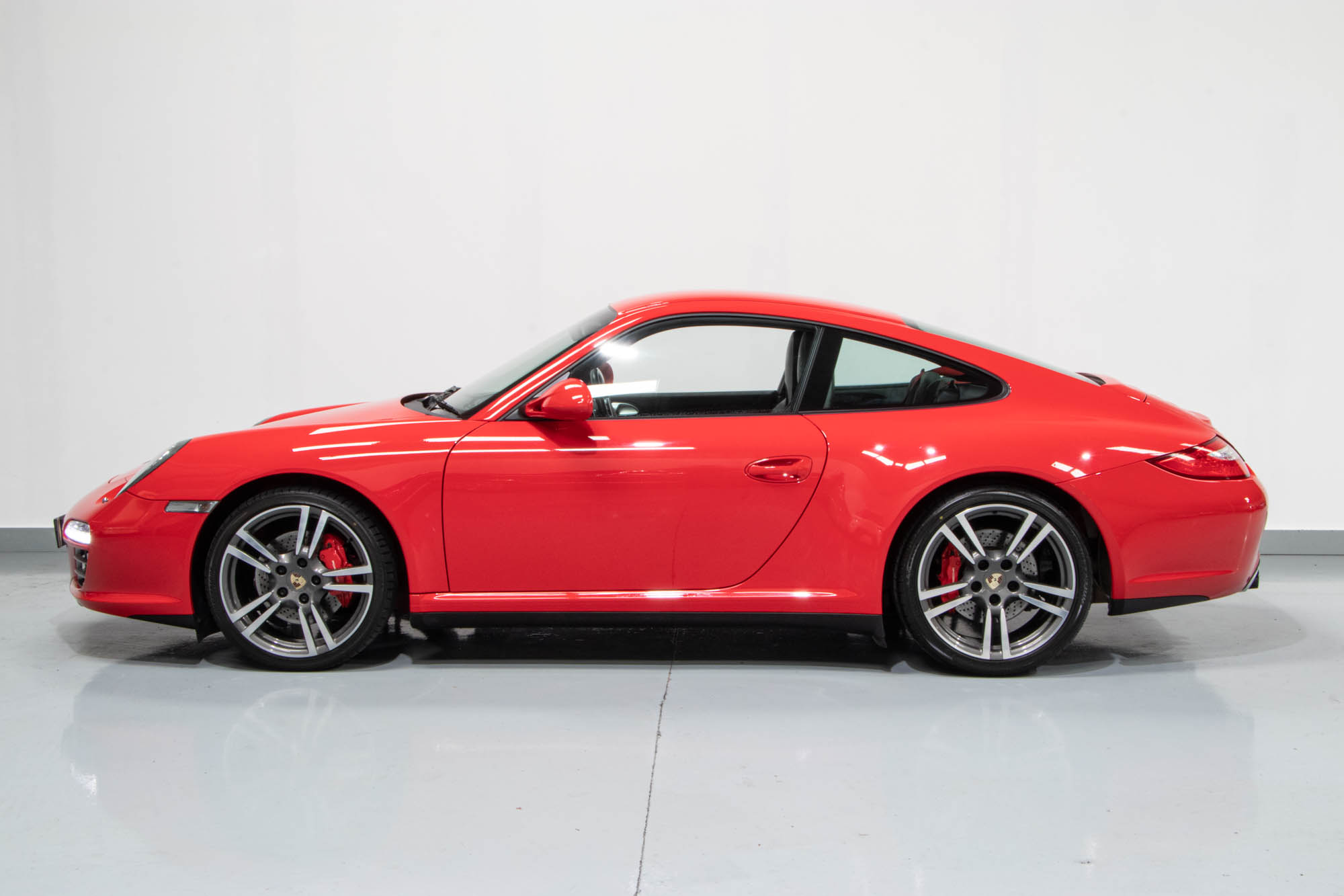 997.2 C4S Red-5