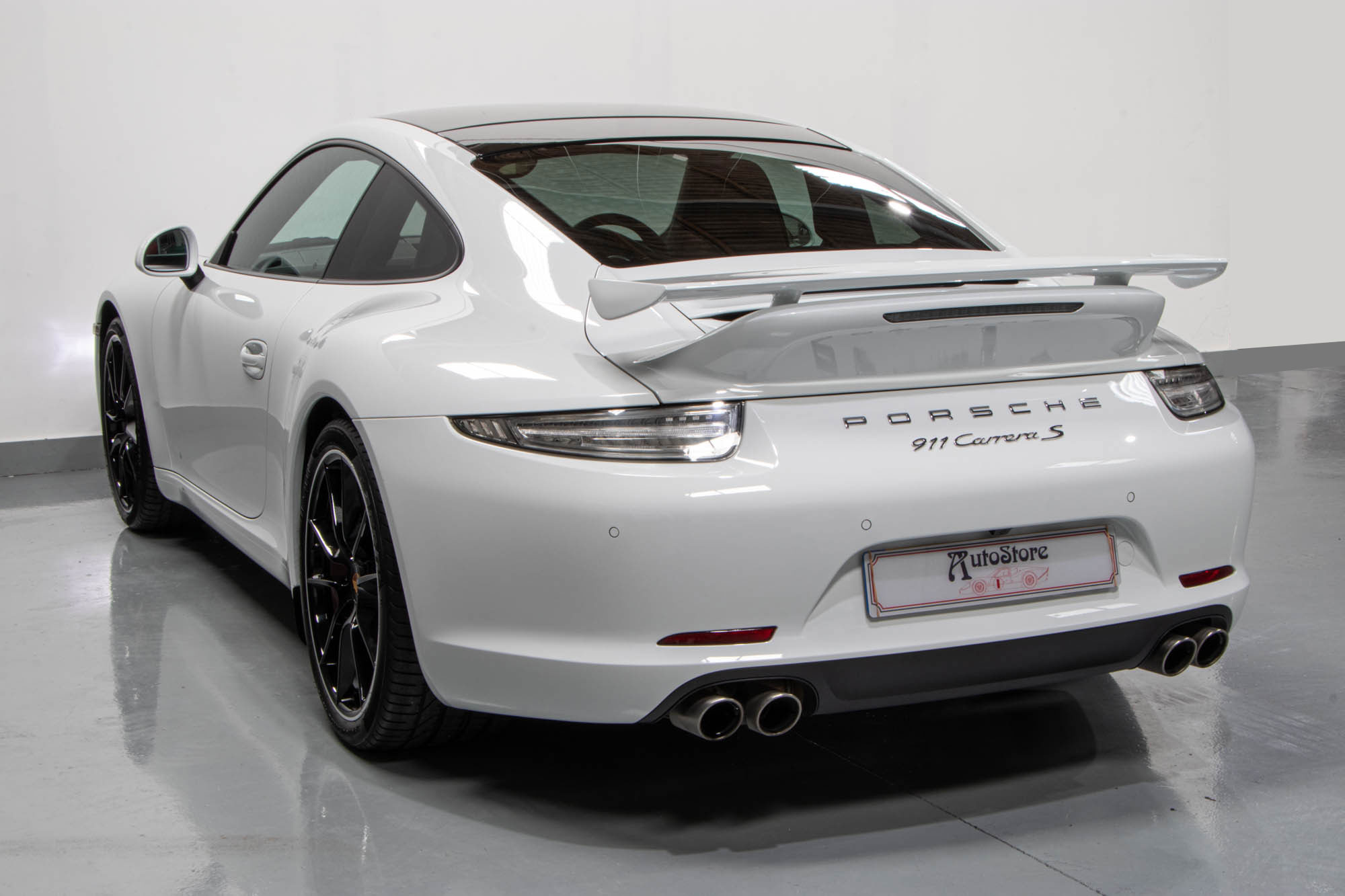 991-Carrera-S-White--7