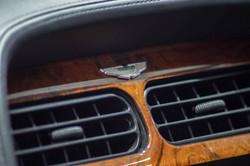 Aston Martin DB7-7