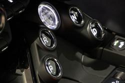 Aston Martin Vantage-28