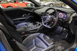 Audi R8 V10 Plus-25
