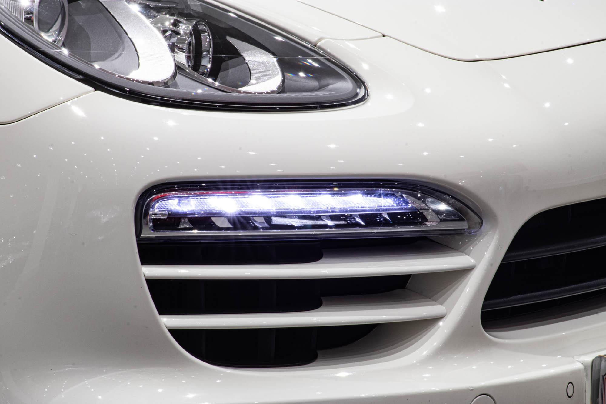 Porsche Cayenne 3.0D-6