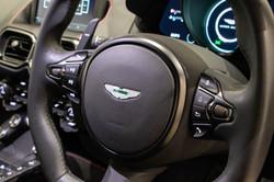 Aston Martin Vantage-34
