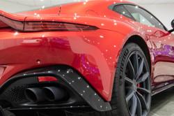 Aston Martin Vantage-22