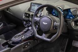 Aston Martin Vantage-32