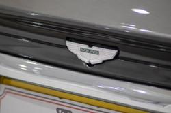 Aston Martin DB7-13