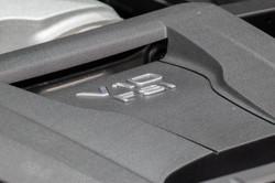Audi R8 V10 Plus-11