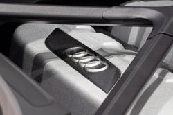 Audi R8 V10 Plus-12