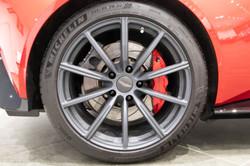 Aston Martin Vantage-9