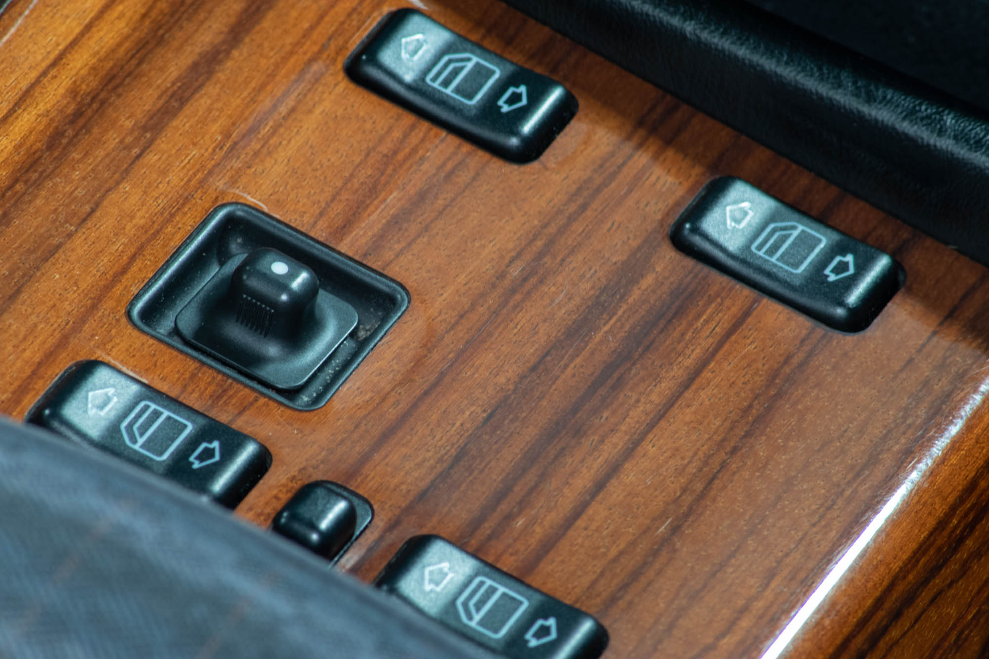 W124 Details-9