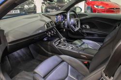 Audi R8 V10 Plus-21