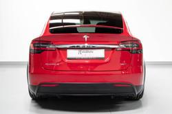 Tesla Model X-28