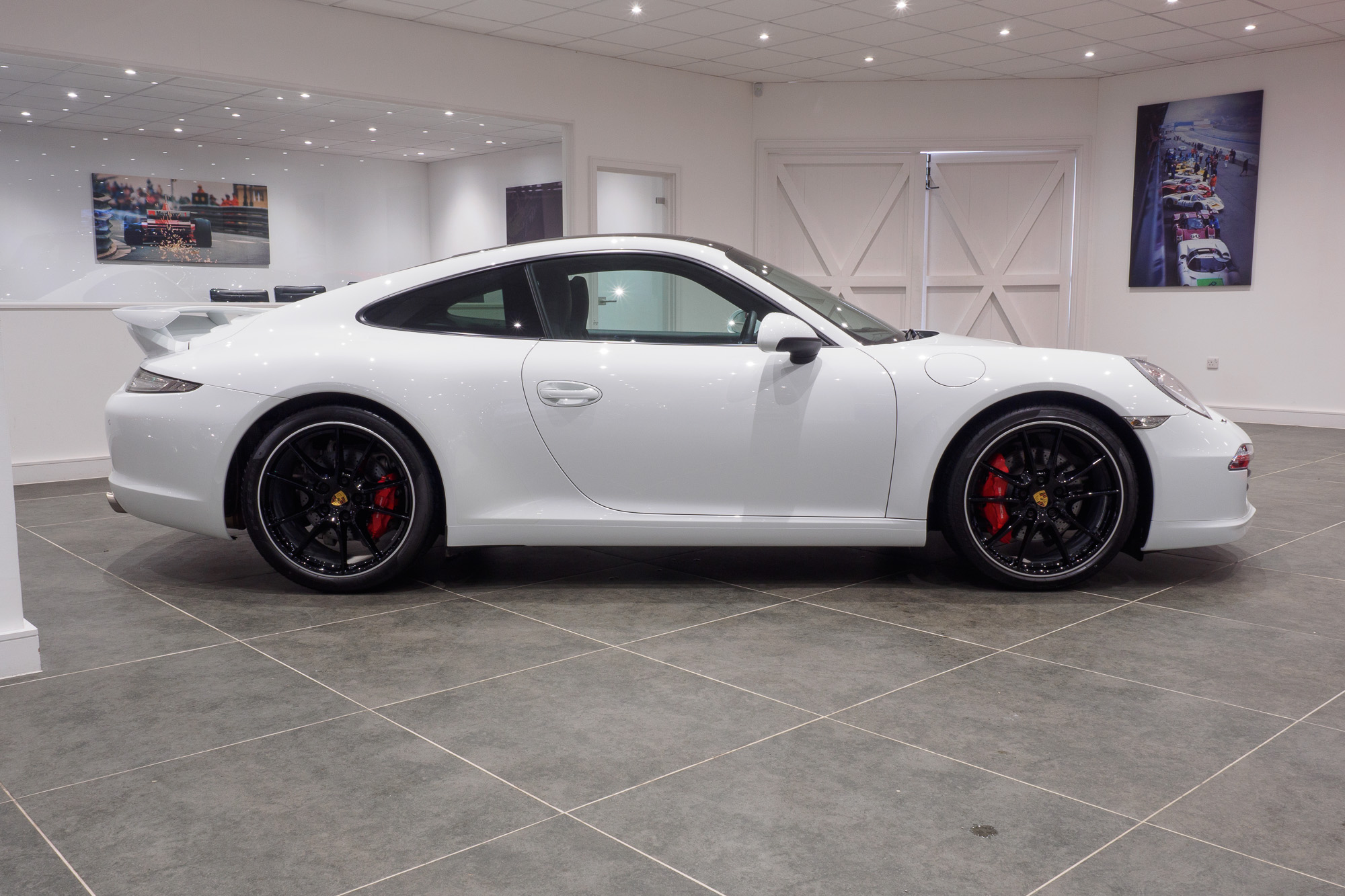 Porsche 991 Carrera 2-5