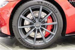 Aston Martin Vantage-7