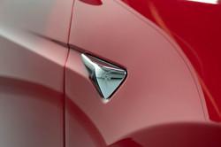 Tesla Model X-8