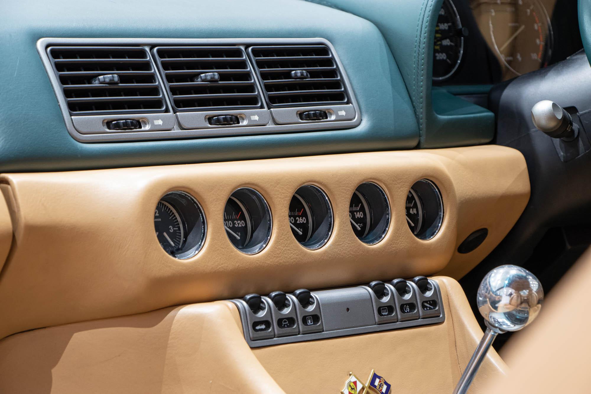 Ferrari 456 Green - Details-3