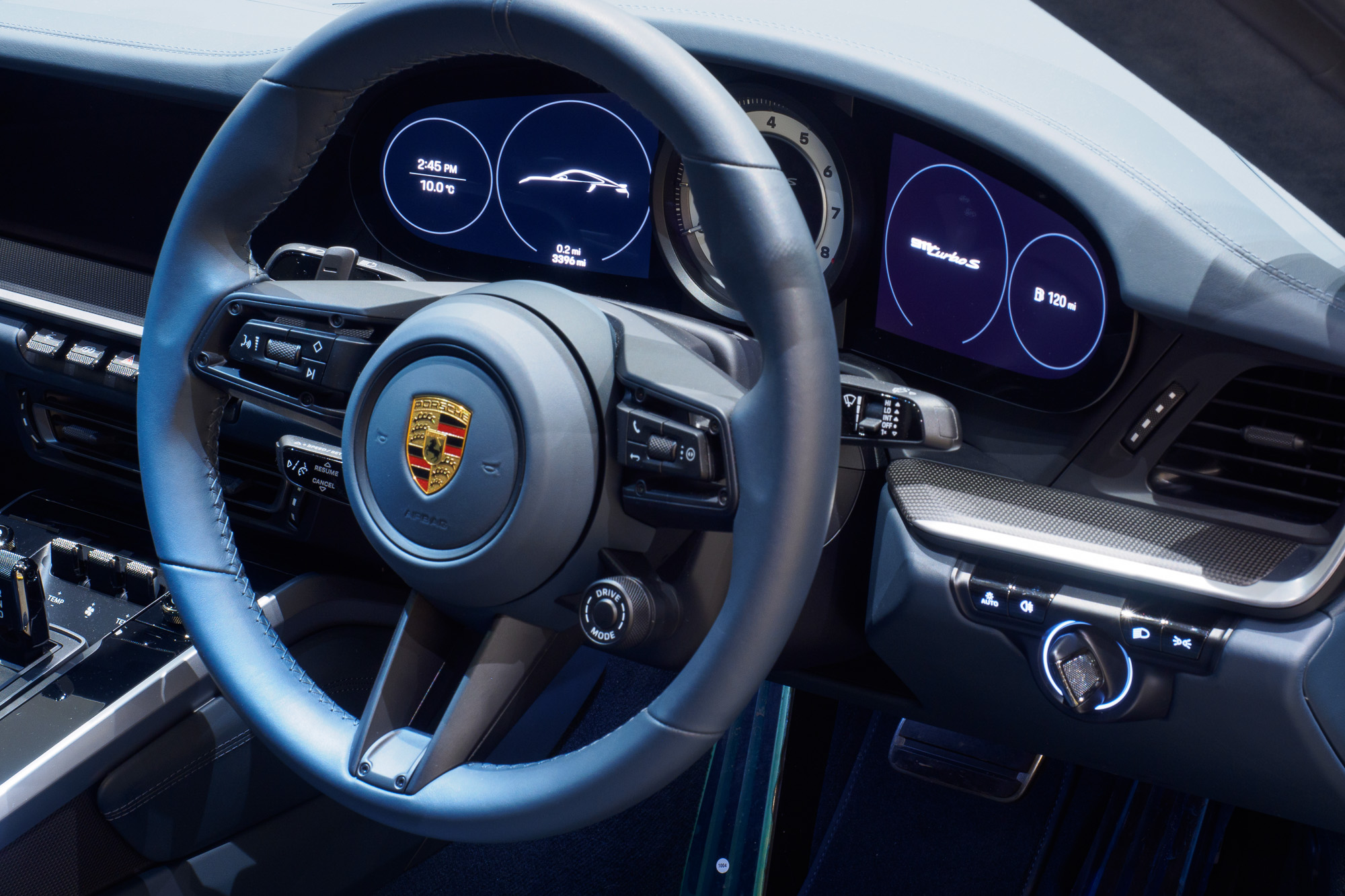 Porsche 992 Turbo S-9