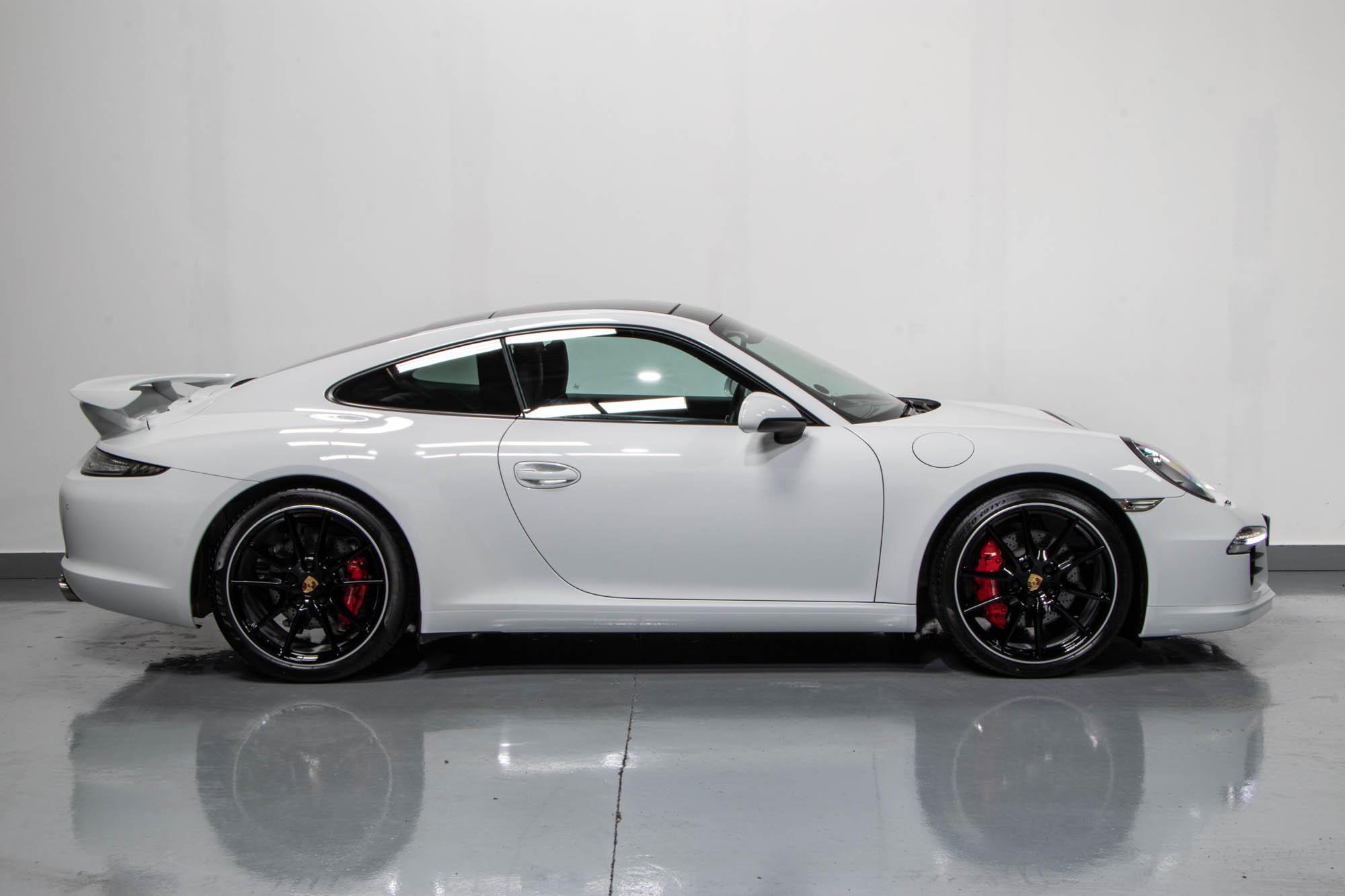 991 Carrera S White -4