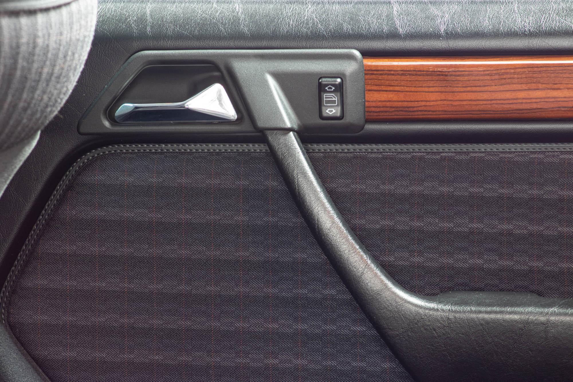 W124 Details-10