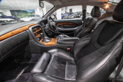 Aston Martin DB7-1