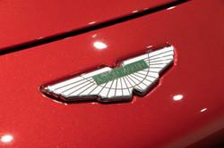 Aston Martin Vantage-14