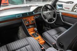 W124 Details-23