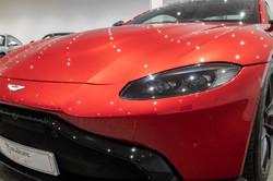 Aston Martin Vantage-15