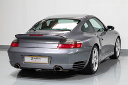 Porsche 996 Turbo -38