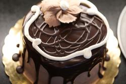 Karen's Ooh La La Cake 1-1
