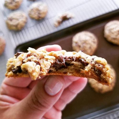 Sista Dee (Peanut Butter, Oatmeal & Mini Choc Chip) Cookies