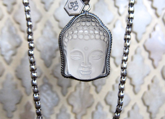 Buddha with fine silver chain