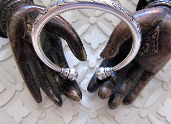 Protection Chant Wanderer Om Mani Padme Hum Fine Silver Cuff
