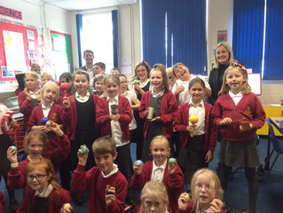 Yorkshire Education sponsor Howden Junior School with Musical Instruments!