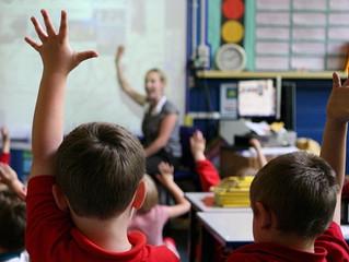 Teachers' subject training 'too brief', MPs hear