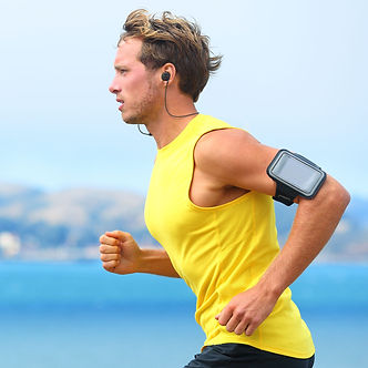 Running with Pogo Bluetooth earphone