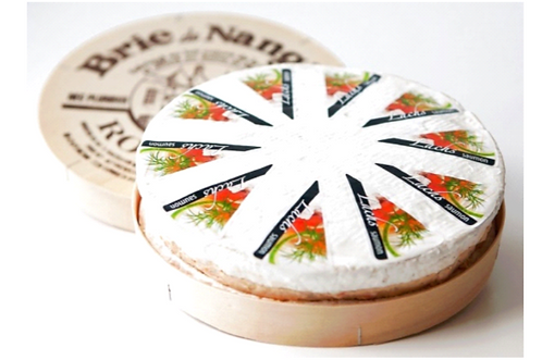 Brie Nangis mit Lachs-Frischkäsecreme gefüllt (ca. 800g)