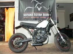 קוואסקי KLE250