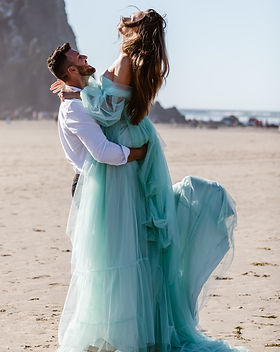 Fifty_miles_west_cannon_beach_elopement.