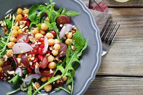 Grande salade de pois chiches épicés