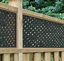 Lifestyle_wood_fence_Distinct Screen_Wes