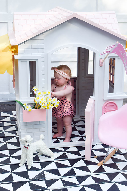 mid-century-playhouse-makeover-12.jpg