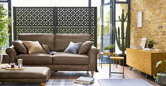 Lifestyle_living room with sofa_Distinct